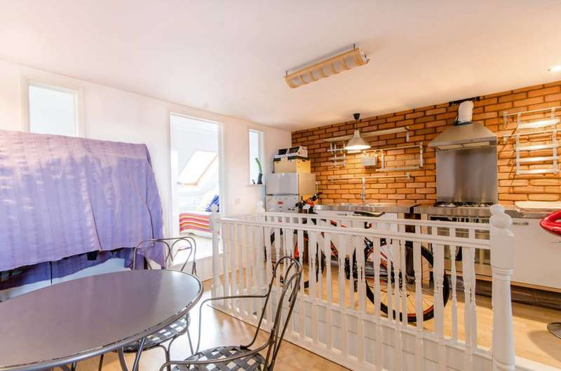 4 Bedrooms House for sale in Boundary Road, Turnpike Lane, N22