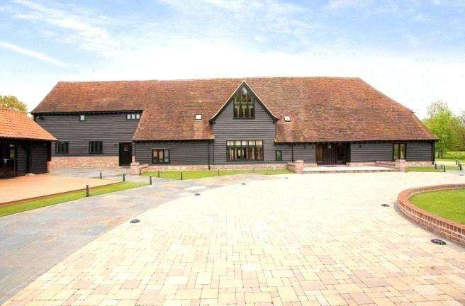 4 Bedrooms Detached House for sale in Blackmore Road, Fryerning, Ingatestone, Essex, CM4
