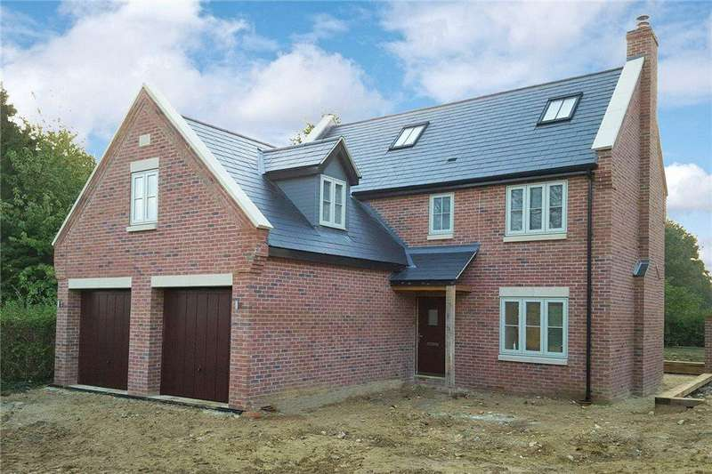 4 Bedrooms Detached House for sale in 3 Redbank Mews, Raunds, Northamptonshire