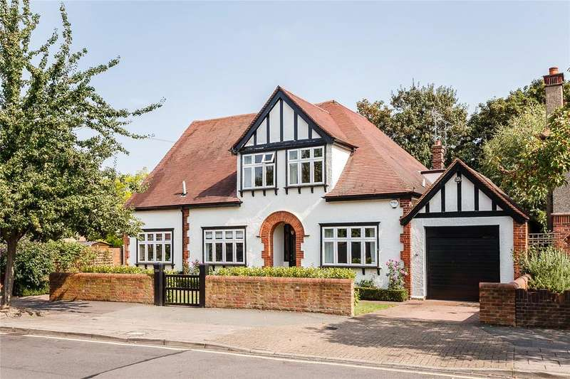 4 Bedrooms Detached House for sale in Vansittart Road, Windsor, Berkshire, SL4