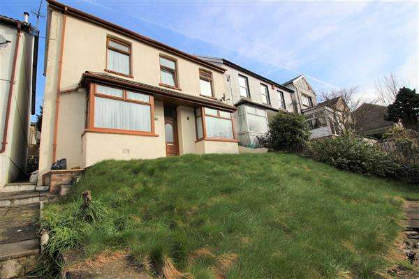 3 Bedrooms Semi Detached House for sale in Penrhys Road, Ystrad, Ystrad