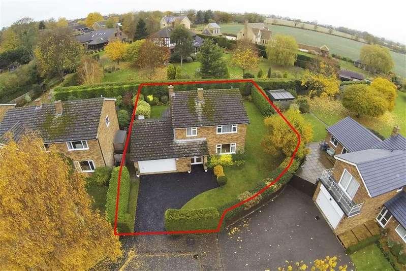 4 Bedrooms Detached House for sale in Lammas Close, Orlingbury