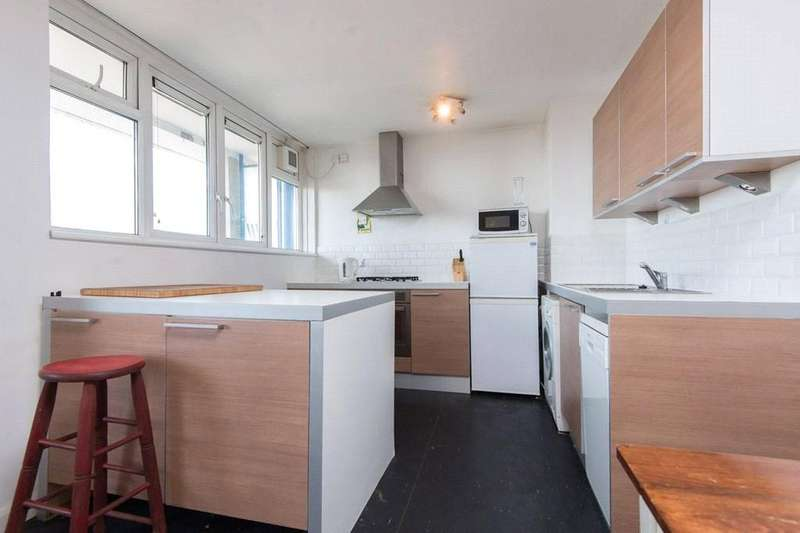2 Bedrooms Apartment Flat for sale in Turnpike House, Goswell Road, London, EC1V