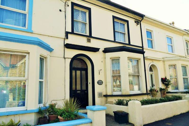 3 Bedrooms Maisonette Flat for sale in Manor Terrace, Seaton