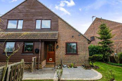 1 Bedroom Terraced House for sale in Shoeburyness, Southend-On-Sea, Essex