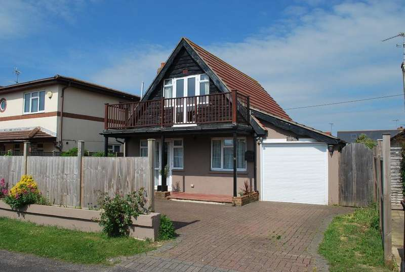 3 Bedrooms Detached House for sale in West Drive, Elmer, Bognor Regis, PO22