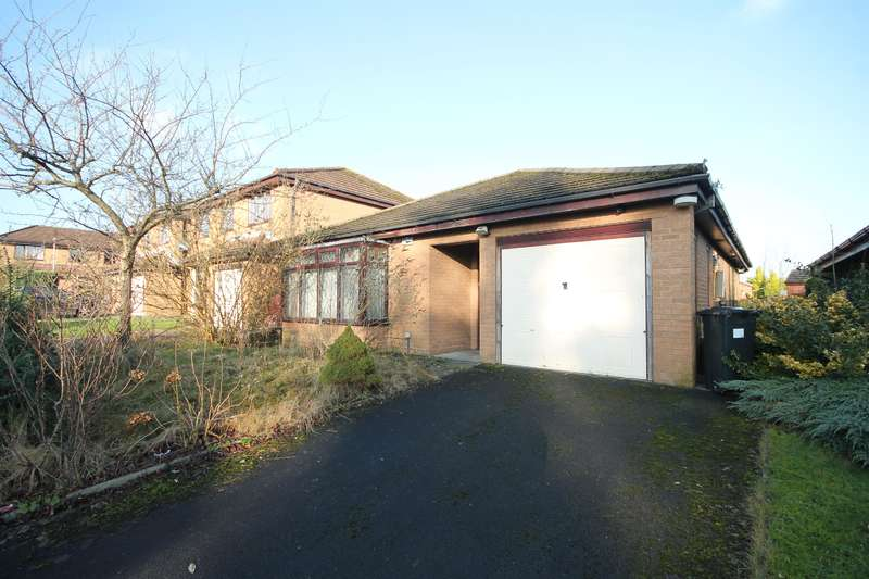 2 Bedrooms Detached Bungalow for sale in Walker Avenue, Great Lever, Bolton, BL3 2DY