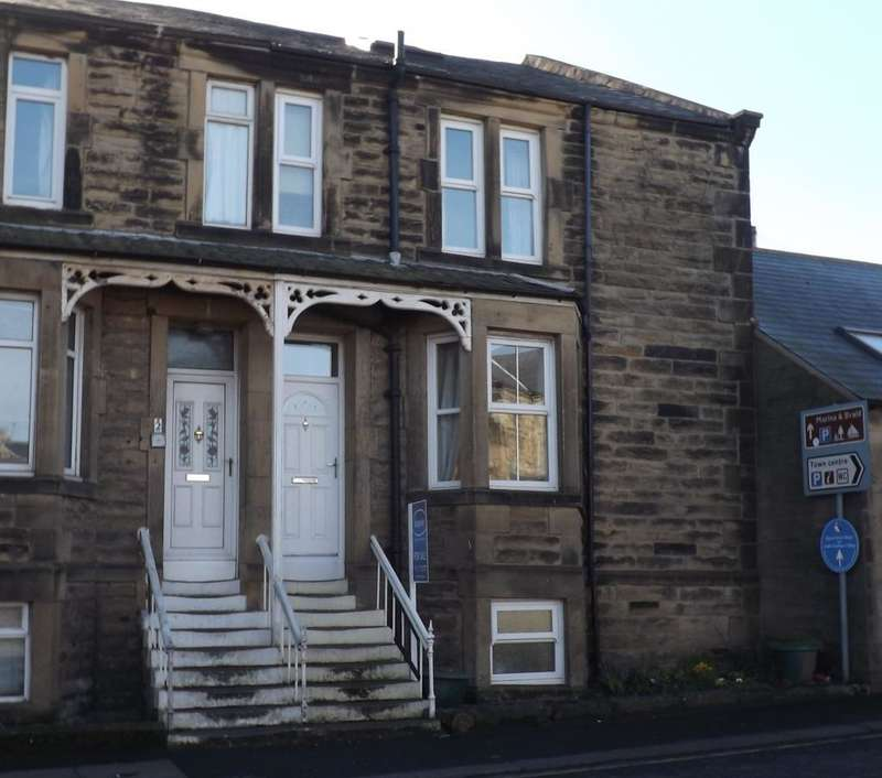 3 Bedrooms House for sale in Dilston Terrce, Amble, Morpeth, Northumberland, NE65 0DT
