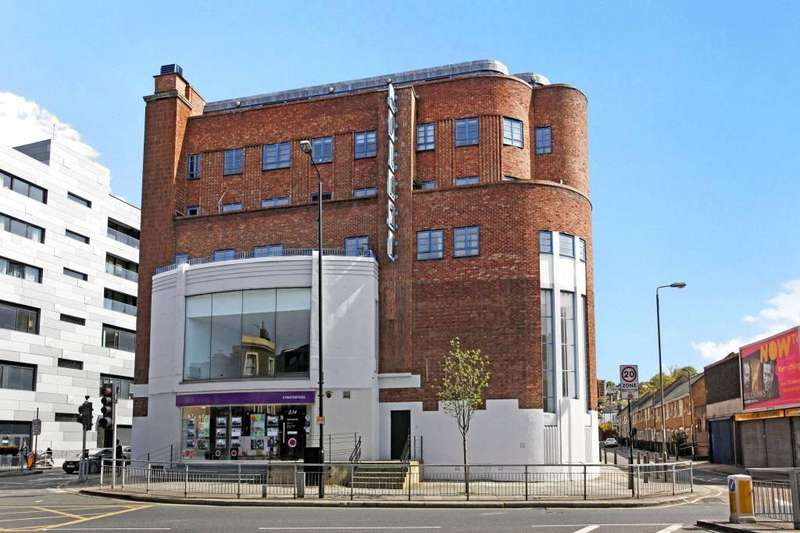 3 Bedrooms Flat for sale in Trafalgar Road, Greenwich, London, SE10