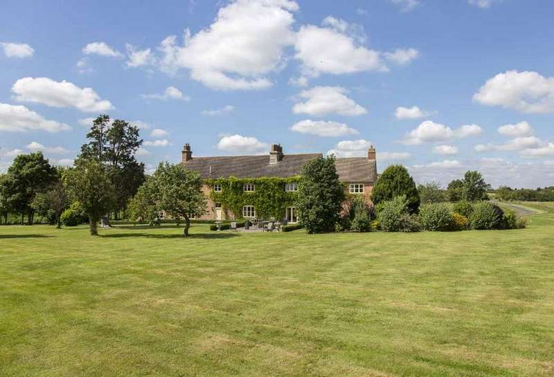 7 Bedrooms Farm House Character Property for sale in Hillborough Lane, Bidford-On-Avon, Alcester, Warwickshire, B50