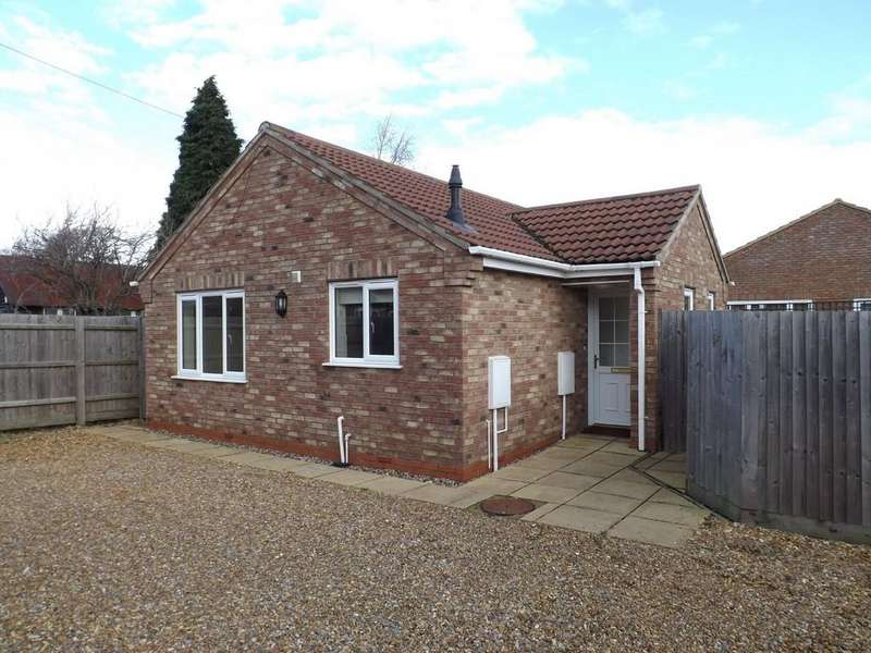 2 Bedrooms Detached Bungalow for sale in New Park, March