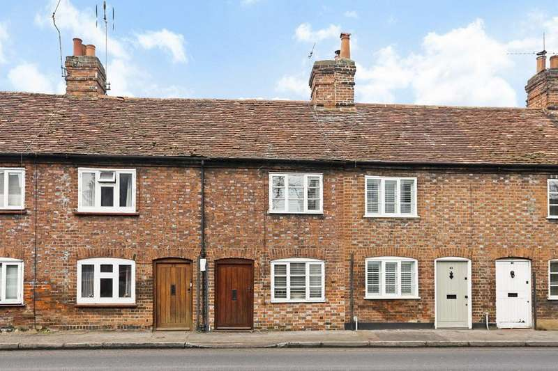 2 Bedrooms House for sale in Chapel Street