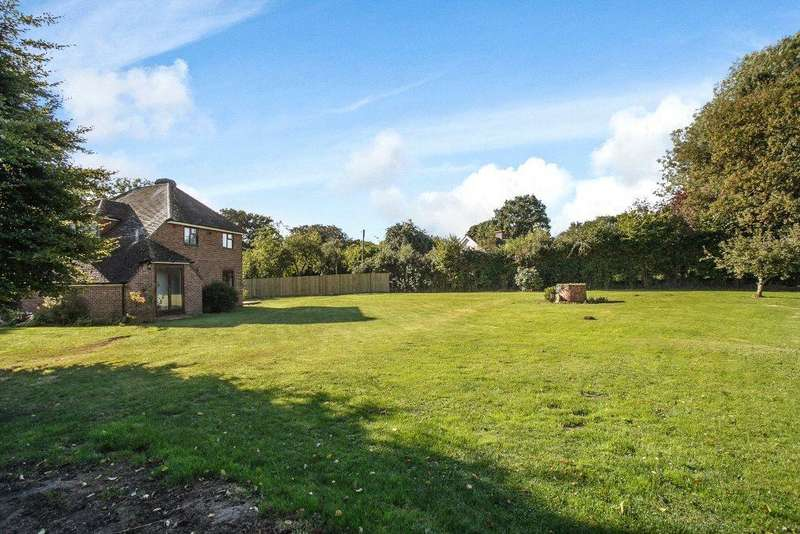 5 Bedrooms Detached House for sale in West Heath, Baughurst, Tadley, Hampshire, RG26