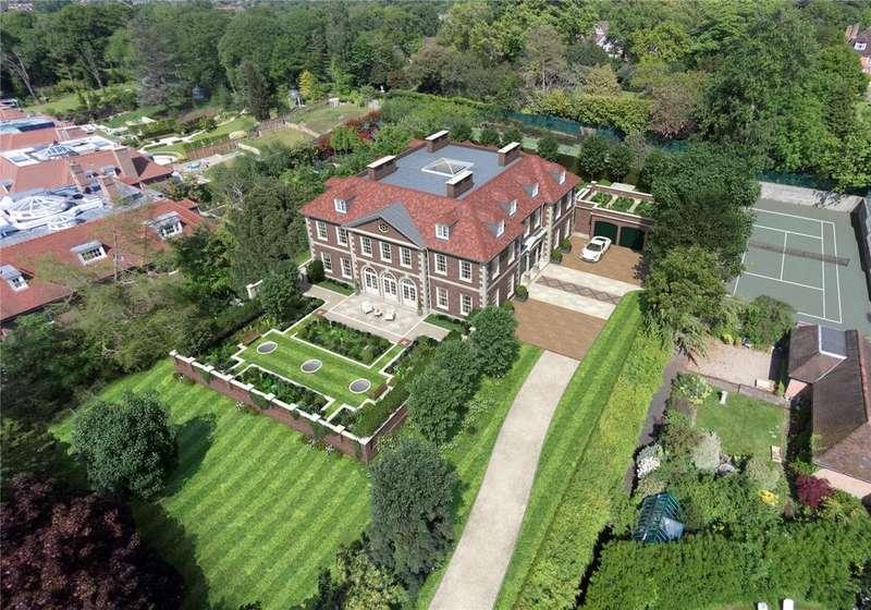 Detached House for sale in Winnington Road, Hampstead Garden Suburb, London, N2