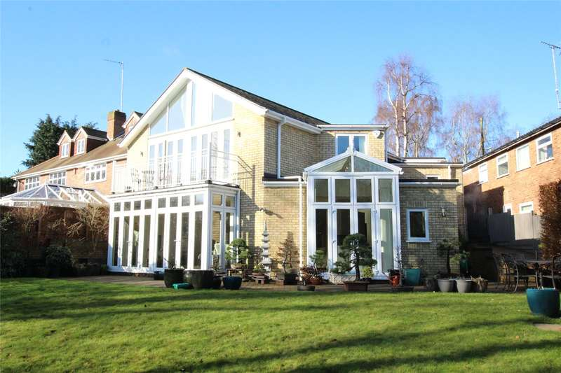 4 Bedrooms Detached House for sale in Heathbrow Road, Welwyn, Hertfordshire, AL6