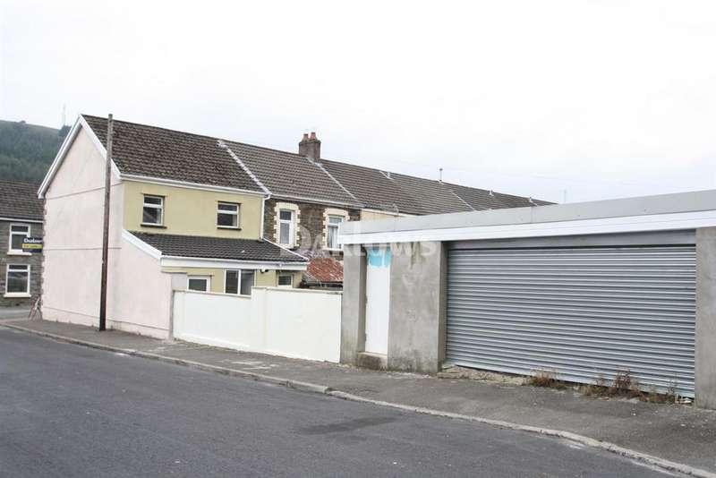3 Bedrooms Terraced House for sale in Jonh St, Pentre