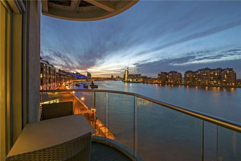 2 Bedrooms Flat for sale in Vicentia Court, Bridges Wharf, Bridges Court Road, London, SW11