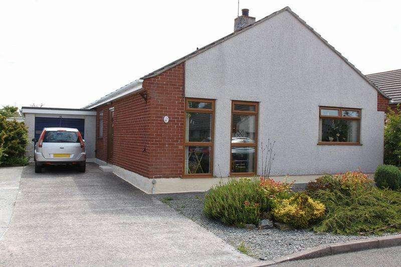 3 Bedrooms Detached Bungalow for sale in Nant Y Mynydd, Llanfechell, Amlwch
