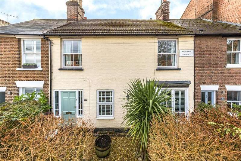 3 Bedrooms Terraced House for sale in Southdown Road, Harpenden, Hertfordshire