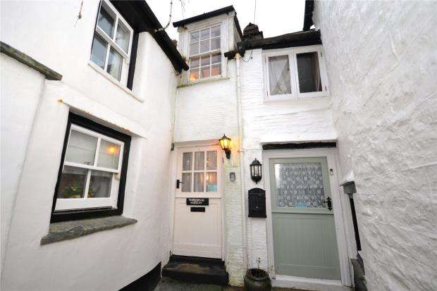 2 Bedrooms Terraced House for sale in Lansallos Street, Polperro, Looe, Cornwall