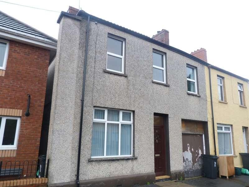 3 Bedrooms End Of Terrace House for sale in Llanvair Road, Newport