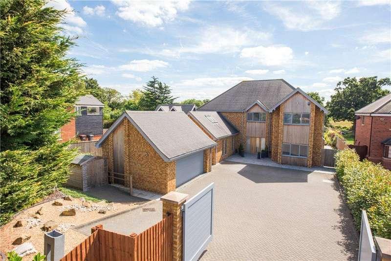 5 Bedrooms Detached House for sale in Village Road, Bromham, Bedford, Bedfordshire