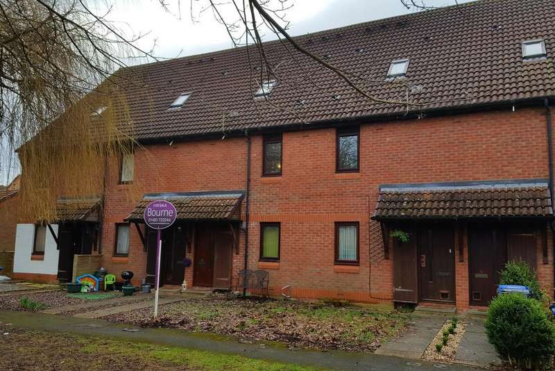 2 Bedrooms Maisonette Flat for sale in Goldsworth Park, Surrey