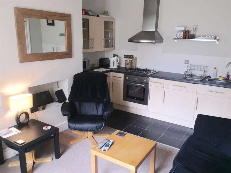 1 Bedroom Terraced House for sale in Causeway Side, Linthwaite, Huddersfield, HD7 5NL
