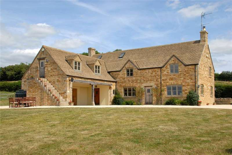 4 Bedrooms Unique Property for sale in Little Rissington, Cheltenham, Gloucestershire, GL54