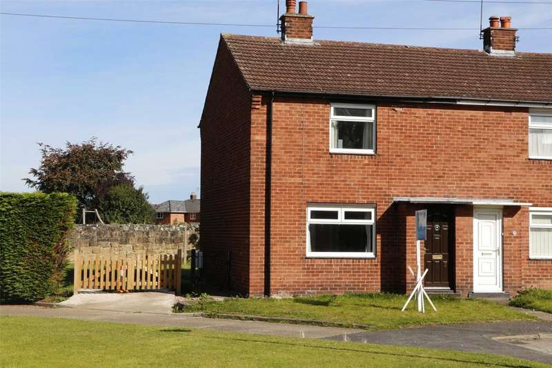 2 Bedrooms Semi Detached House for sale in Ashfield Road, Wrexham, LL11