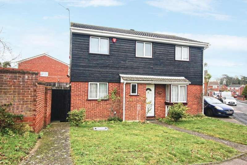 4 Bedrooms Detached House for sale in Elmbourne Drive Belvedere DA17