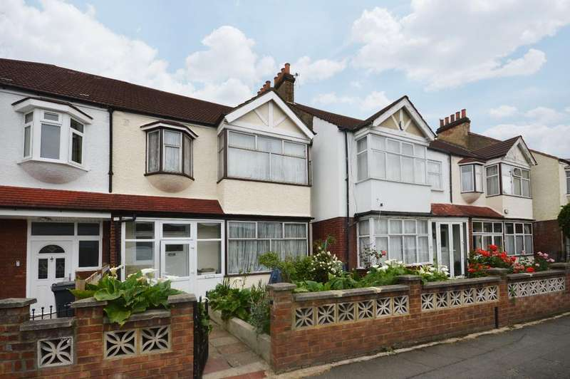 4 Bedrooms Terraced House for sale in Estreham Road London SW16