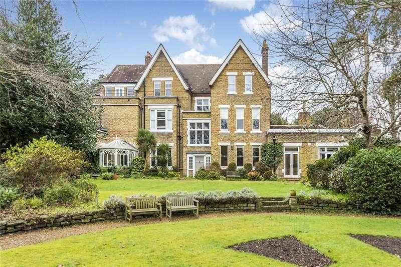 3 Bedrooms Flat for sale in Oaklawn, 12 Arthur Road, London, SW19