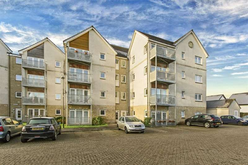 2 Bedrooms Flat for sale in 77 Hawk Brae, Ladywell West, Livingston, EH54