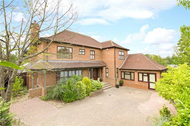 5 Bedrooms Detached House for sale in Tatling Grove, Walnut Tree, Milton Keynes, Buckinghamshire