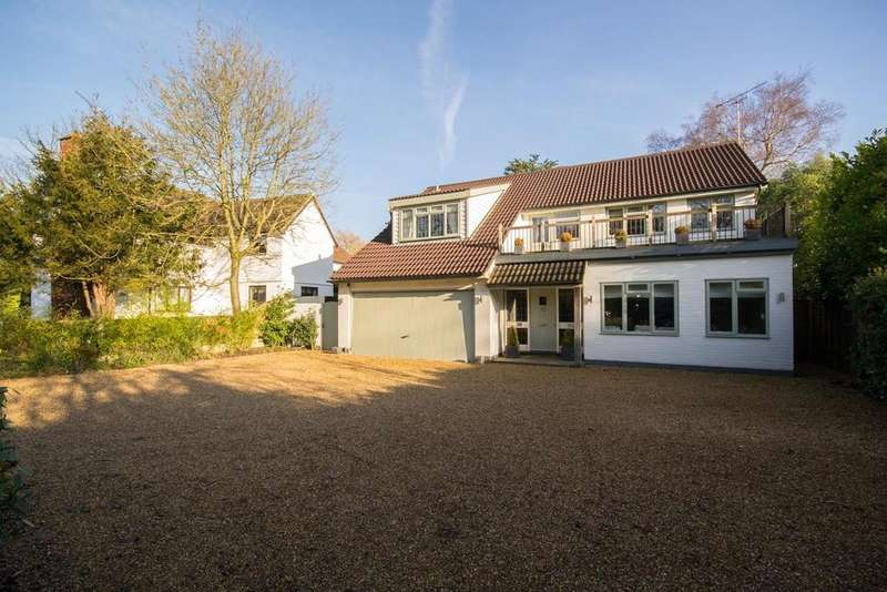 5 Bedrooms Detached House for sale in Hanging Hill Lane, Hutton, Brentwood, Essex, CM13