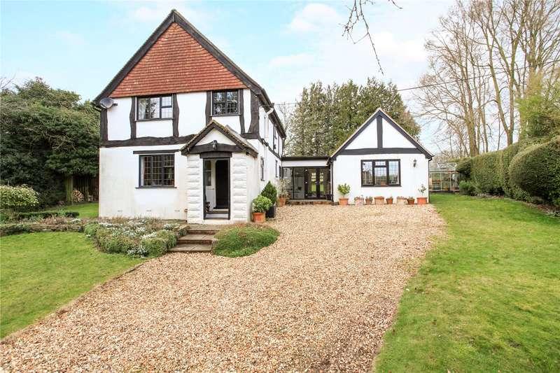 3 Bedrooms Detached House for sale in Firsdown, Salisbury, Wiltshire, SP4