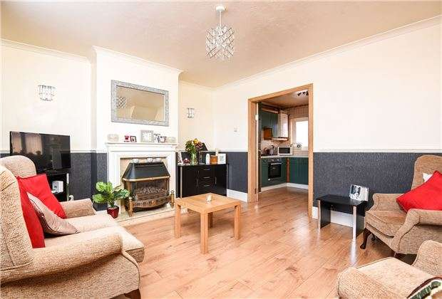 3 Bedrooms Terraced House for sale in New Close, LONDON, SW19