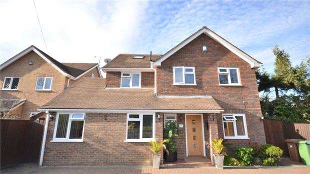 6 Bedrooms Detached House for sale in Crowthorne Road, Bracknell, Berkshire