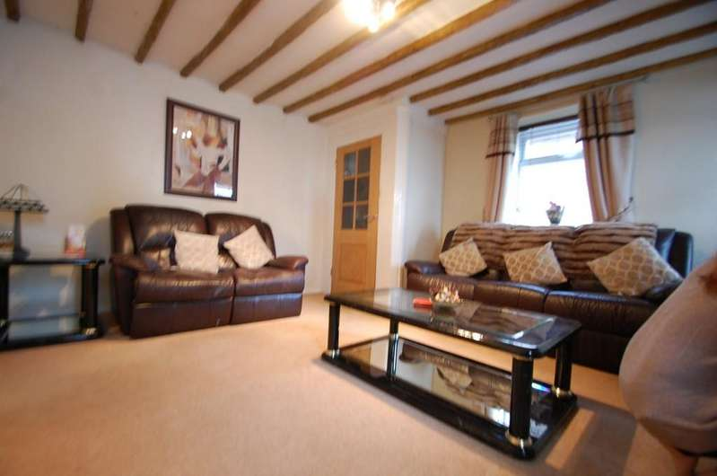 2 Bedrooms Terraced House for sale in Mellor Brook, Blackburn