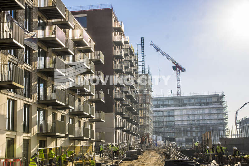 2 Bedrooms Flat for sale in Park View Place, Royal Wharf, Docklands