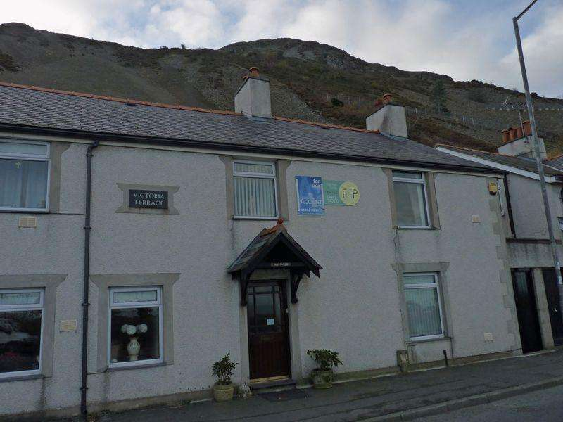 3 Bedrooms Terraced House for sale in Victoria Terrace, Penmaenmawr