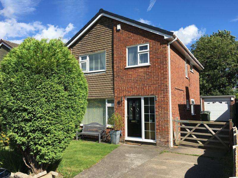 4 Bedrooms House for sale in Little Green, Great Sutton