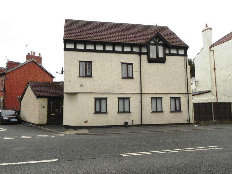 4 Bedrooms House for sale in Chester Road, Little Sutton