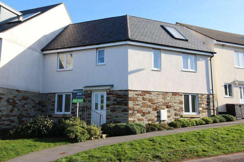 4 Bedrooms End Of Terrace House for sale in Littledale Row, Newquay