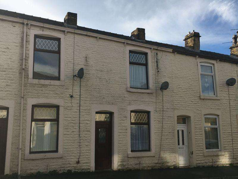 2 Bedrooms Terraced House for sale in Lower Barnes Street, Clayton Le Moors