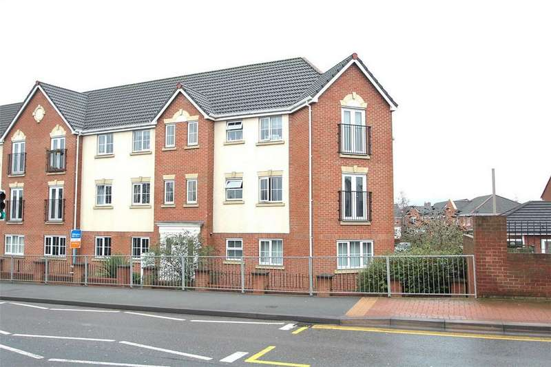 2 Bedrooms Flat for sale in Reddal Hill Road, CRADLEY HEATH, West Midlands