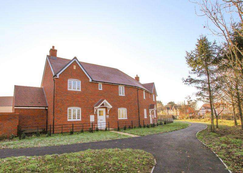 3 Bedrooms Semi Detached House for sale in Jack's Lea, Uffington - LAST 2 THREE BEDS REMAINING