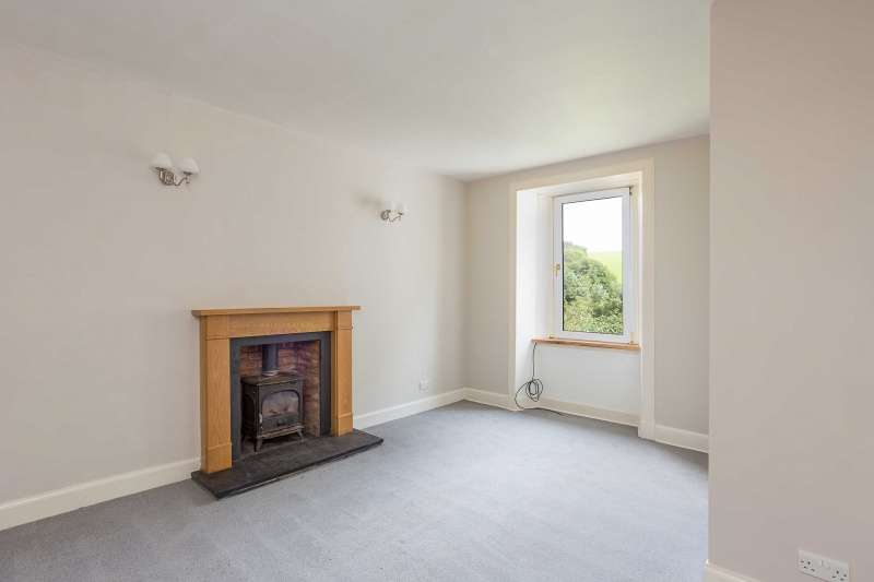 2 Bedrooms Flat for sale in Earlston Road, Stow, Galashiels, Borders, TD1 2QR