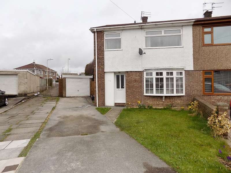 3 Bedrooms Semi Detached House for sale in Osborne Close, Litchard, Bridgend. CF31 1YJ